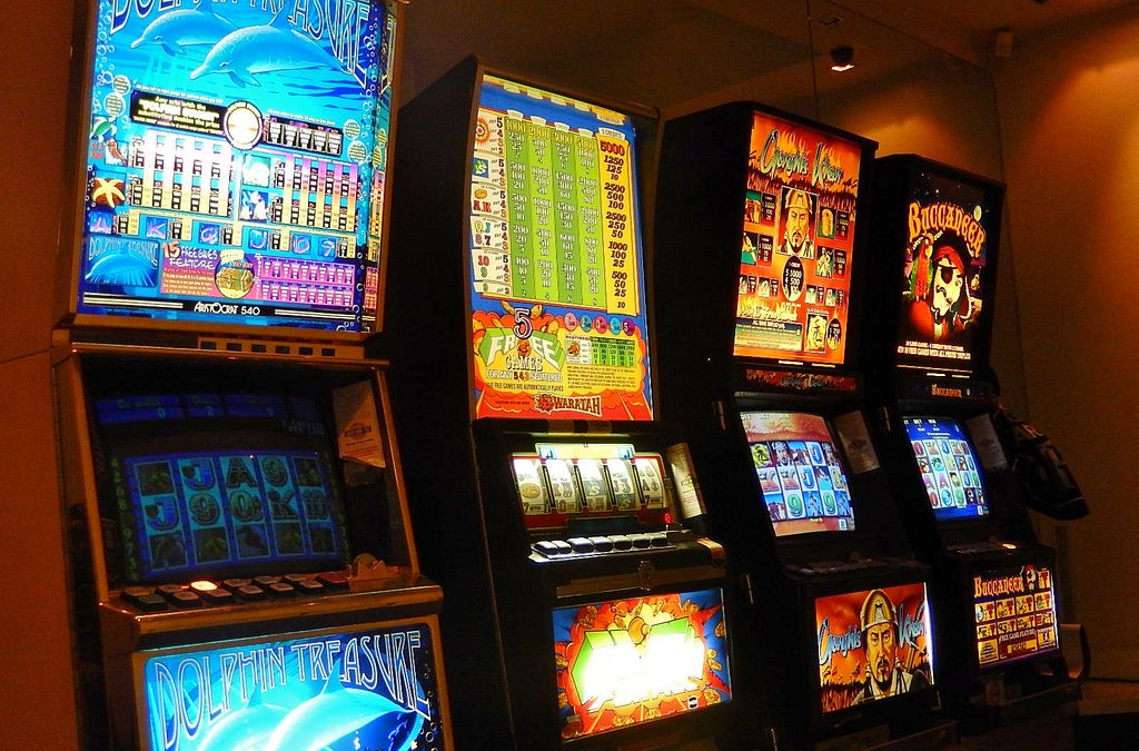 Reasons and advantages offered by free pokies games